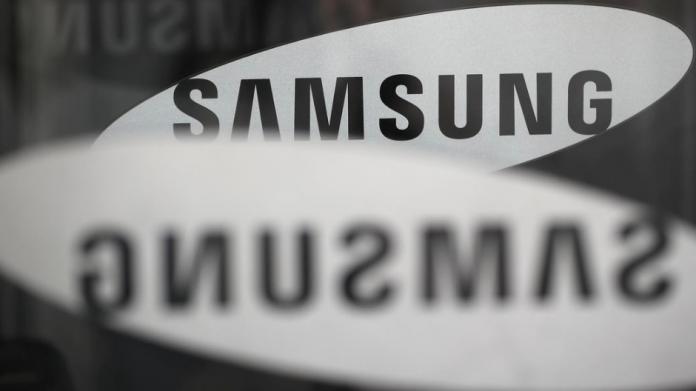 Samsung Galaxy A11 cu 32 GB spațiu de stocare și Android 10