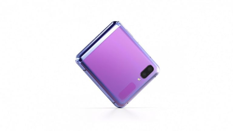 Samsung Galaxy Z Flip, un smartphone pliabil mid-range