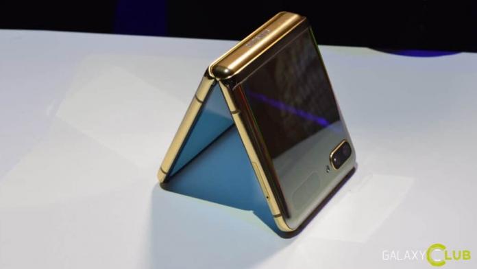 Samsung Galaxy Z Flip 3 4G un telefon pliabil mai ieftin