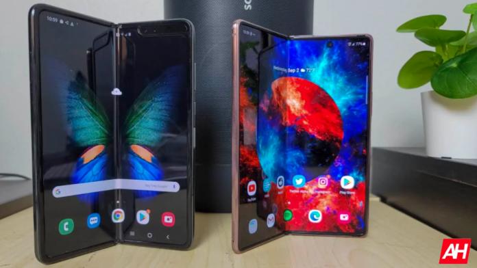 Samsung poate lansa doua telefoane diferite Galaxy Z Fold 3