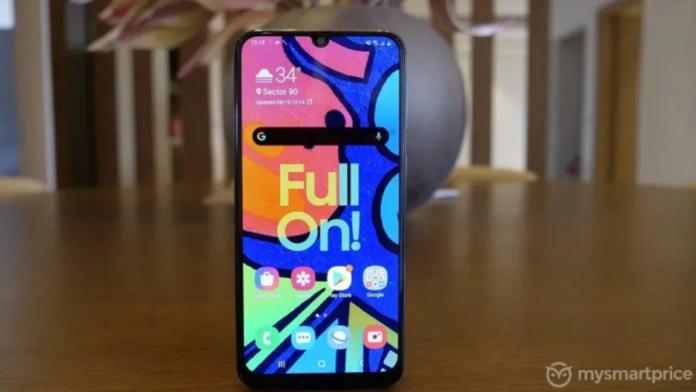 Samsung Galaxy F62 cu baterie de 7000 mAh afisaj Super AMOLED