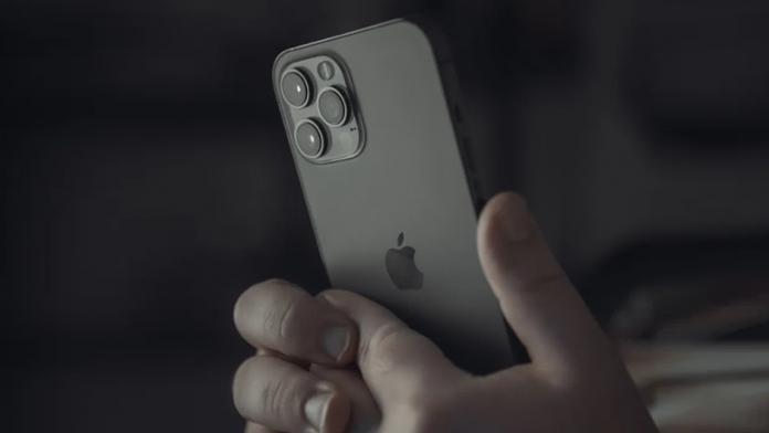 Loialitatea faat de marca este mai mare la Apple fata de Samsung