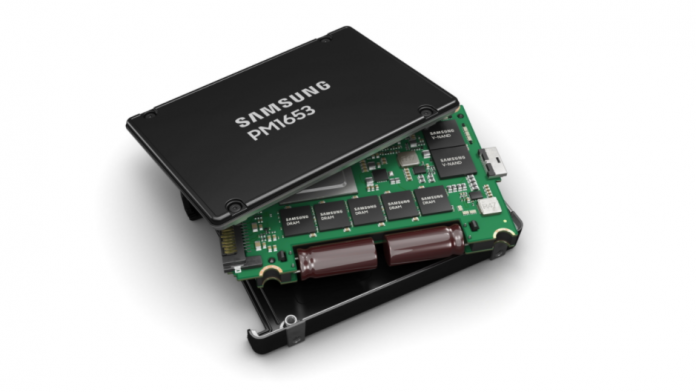 Samsung 24SAS cel mai performant SSD din lume lansat