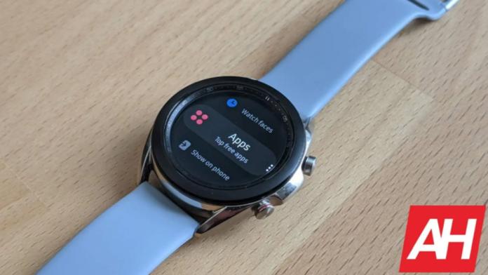 Samsung Galaxy Watch 4 confirmat cu sistemul de operare Wear OS