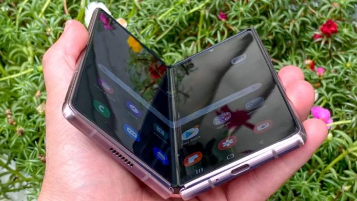 Galaxy Z Fold 3 si Z Flip 3 vor fi produse in cantitati uluitoare