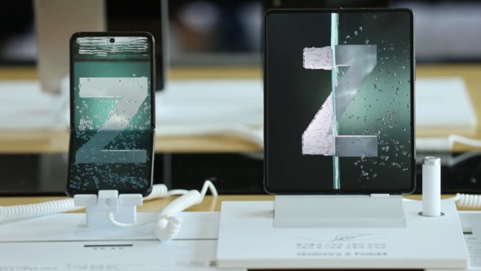 Precomenzi foarte mari pentru noile telefoane pliabile Samsung