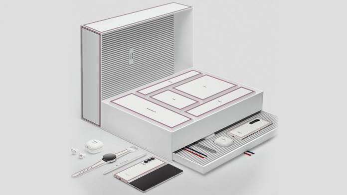 Thom Browne Edition pentru Galaxy Z Fold3 Z Flip 3 si Watch 4 Classic