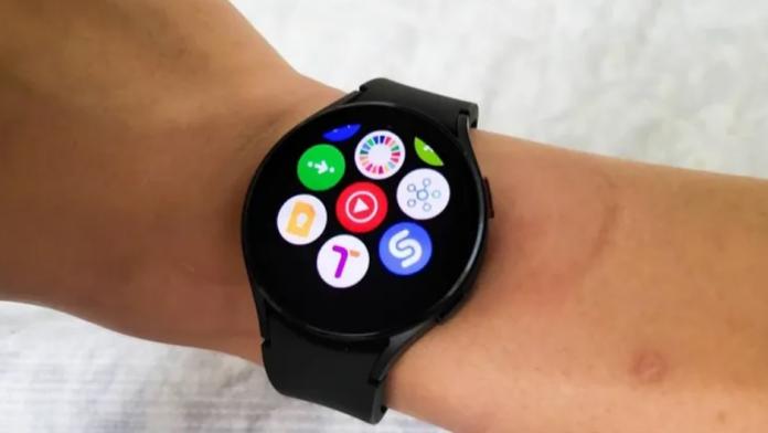 YouTube Music este acum disponibil pe seria Galaxy Watch 4