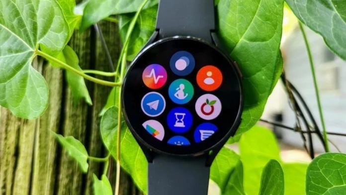 Cum sa utilizati un Samsung Galaxy Watch 4 ca walkie-talkie