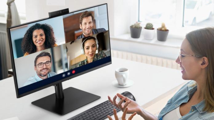 Noul monitor Samsung Webcam S4 este acum disponibil