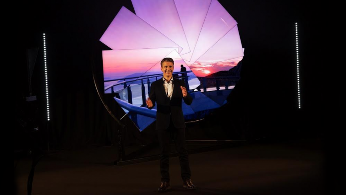 Samsung artistul Michael Murphy si puterea tehnologiei Neo QLED