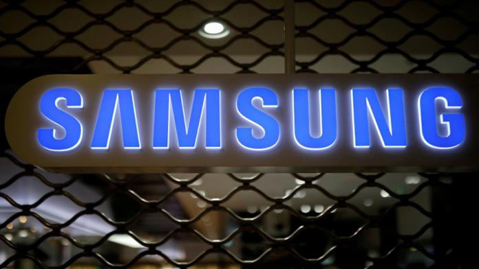 Samsung discuta cu Tesla pentru a produce cipuri pentru masini autonome